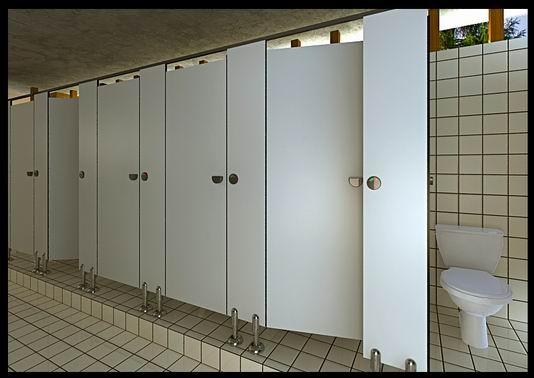 洗手间隔板
