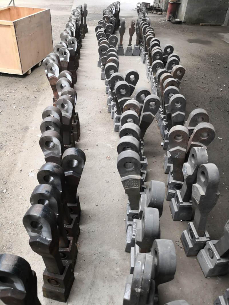 供应山东坤海牌耐磨复合铸造锤头