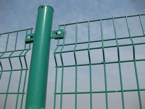 双边丝护栏多钱一米