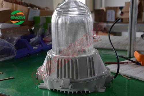 SW7100全方位防眩泛光工作灯50W,100W,70W
