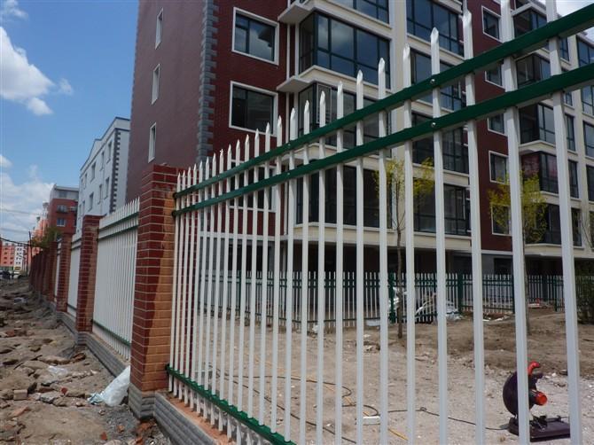热销锌钢护栏 锌钢栏杆 镀锌栏杆 别墅围墙栏杆 隔离护栏金属