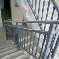 湖南锌钢护栏厂家直销镀锌栏杆锌钢楼梯扶手市内楼梯扶手组装护栏