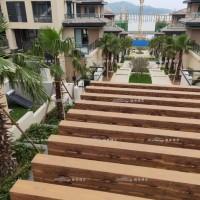 惠州市东部湾度假村廊架仿木纹漆施工,面朝大海的镀锌管木纹走廊