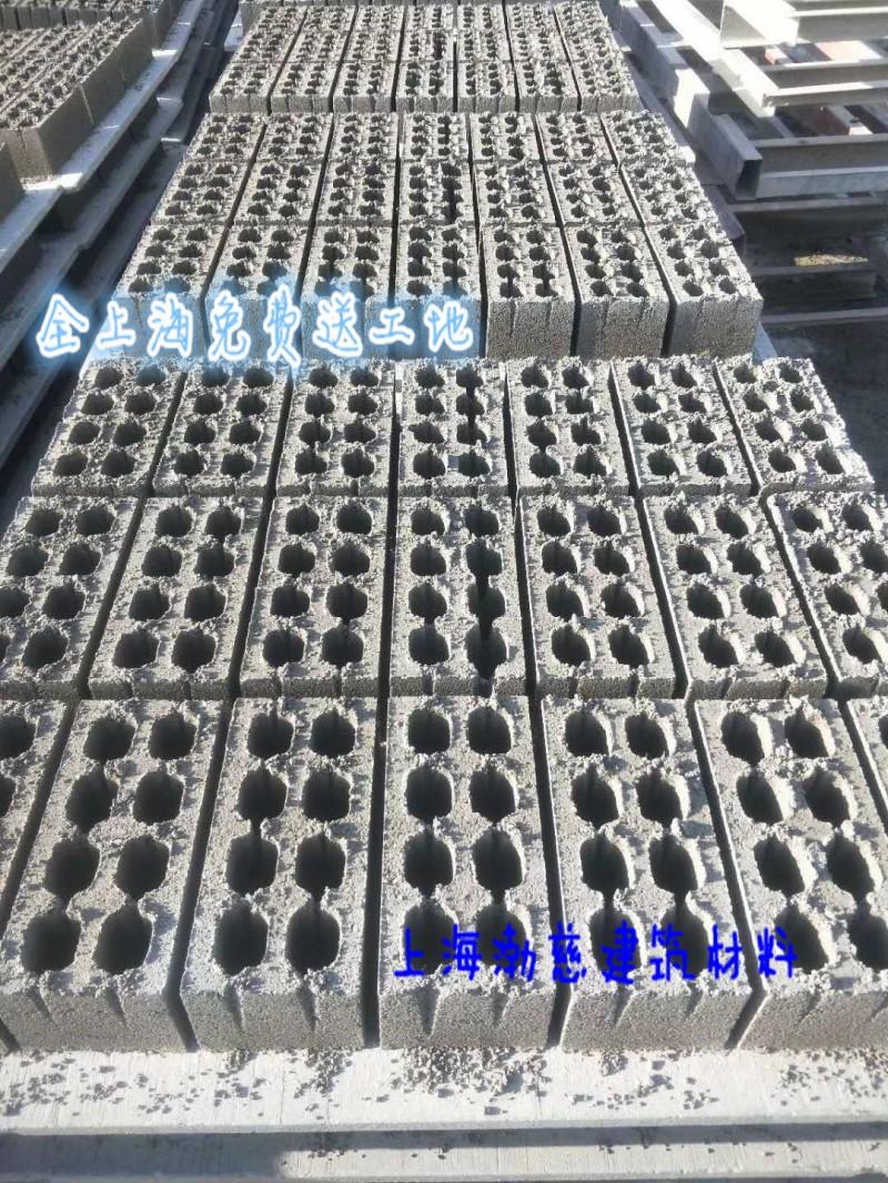 水泥黄沙石子砖块等建材,上海码头直供,免费送货上门,量大从优