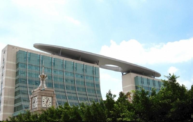 合川区外墙玻璃设计施工_合川幕墙门窗维修_重庆航鸿幕墙公司