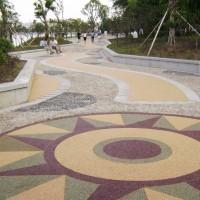 彩色砾石聚合物透水地坪,水洗石路面装饰,免费寄样块