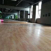 工程革自粘塑胶地板 实心防水PVC地板革